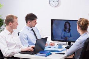 Fernseher mit dem PC verbinden – so geht's