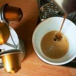 Kaffeekapselmaschine reinigen – so geht's