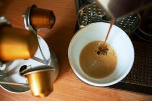 Kaffeekapselmaschine reinigen - so geht's
