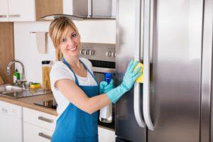 Kühlschrank richtig reinigen - so geht's