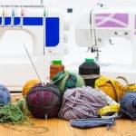Socken mit der Nähmaschine stricken – so geht's